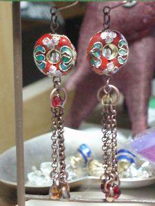 赤い古銭七宝とチェーン