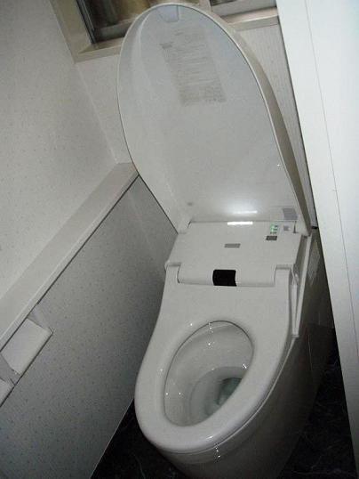O様邸トイレ施工後