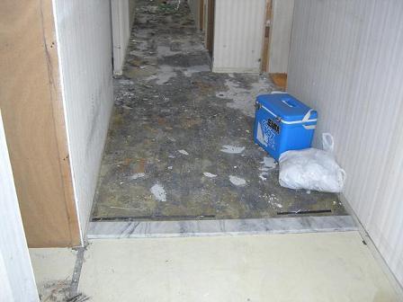 堀岡邸廊下解体