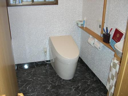 池上邸トイレ完成1