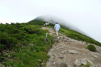 大朝日岳へ登り
