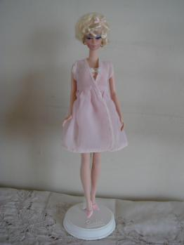 barbie FMC #4 lingerie stand