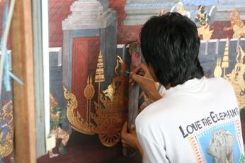 ワット・プラケオの壁画の修復作業2