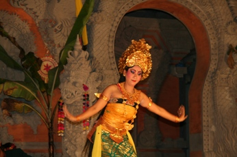 バリ舞踊(メイン)2