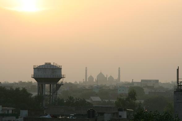 インドの朝