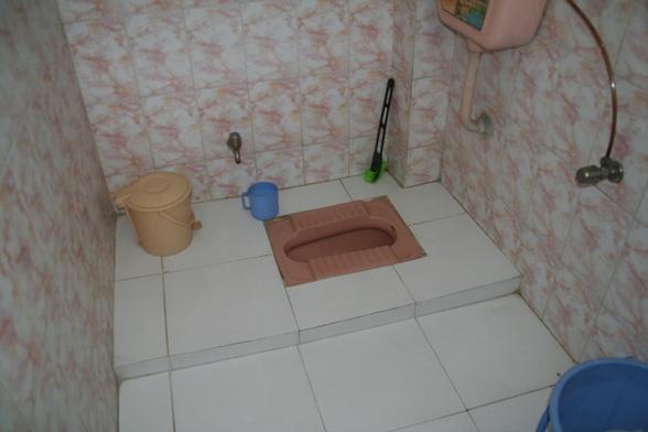 マヤ・ホテルのインド式トイレ