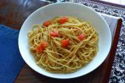 にんにくとトマトのパスタ