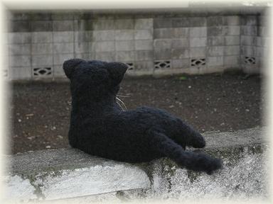 羊毛フェルト☆植毛して黒猫を作ってみました。