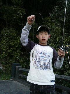 モツ(川魚)ゲット