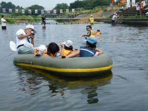 ゴムボートも浮きました