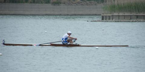 木艇で頑張ってます!