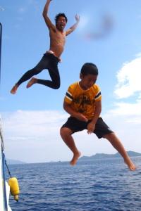 高飛び込み