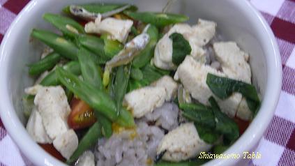 青梗菜とインゲンのスープ煮ごはん