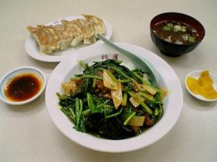 鶴廣でパイコウ飯と餃子002