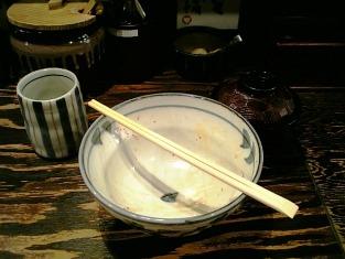 上野にある東京牛丼にて牛力丼白006
