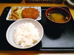 上野昭和通り食堂 メンチカツ001