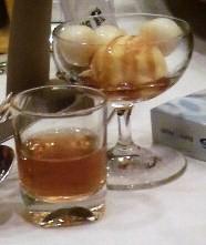 黒酢と蜂蜜のカクテル