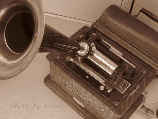 明治20年頃のエジソン蝋管式蓄音器