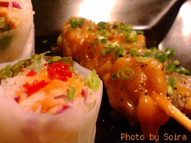 サテ=鶏と蒟蒻のピーナッツ風味焼き串