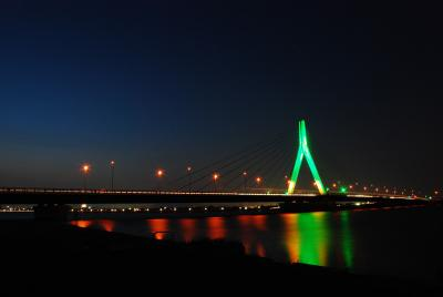 Illuminated bridge1