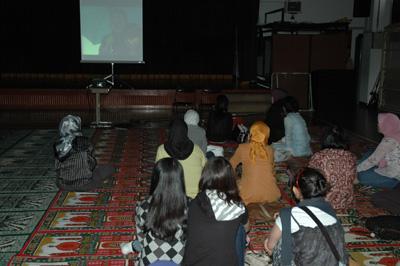 在インドネシア学校上映会