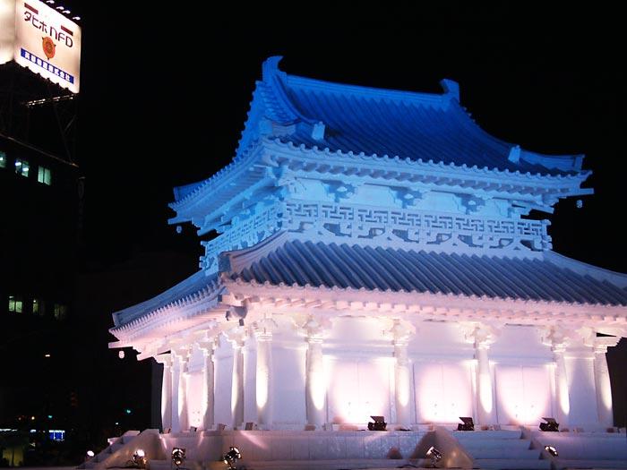 雪祭り法隆寺夜