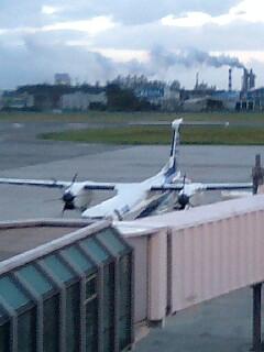 松山空港…今から飛び立ちます。。
