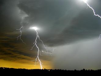img_lightning.jpg