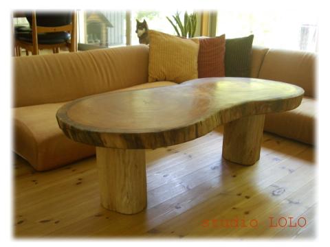 さるのおしりテーブル