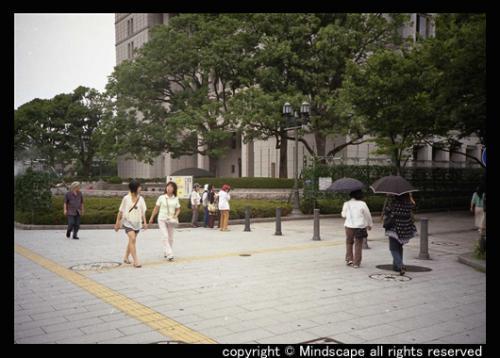 大阪市庁舎前