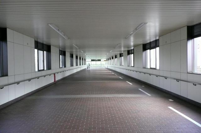 浜松町駅跨線橋3