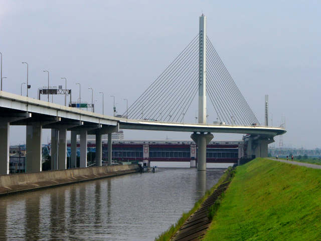 かつしかハープ橋1