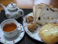 すてっぷのパンと中国紅茶
