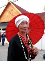 タイ・ルー族のおばあちゃん