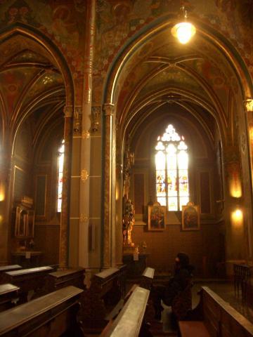 教会の静寂を満喫