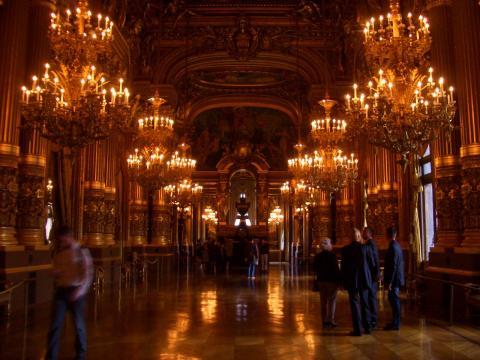 オペラ座2階部分のホール