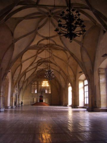 ヴラディスラルホール