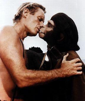 ape_kiss.jpg