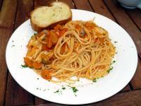 ローストチキンときのこのスパゲッティ