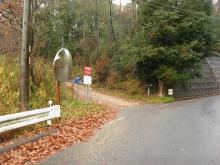 西の坂の旧道入口