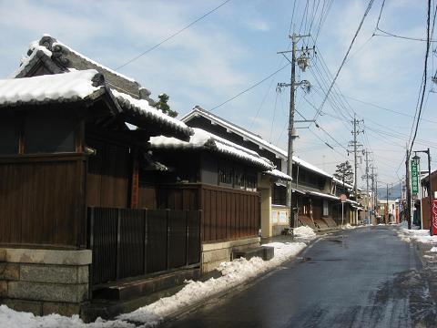 雪景色の御嵩宿