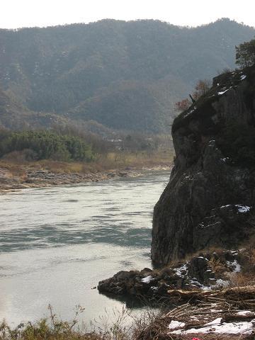 木曽川・うとう峠登り口付近