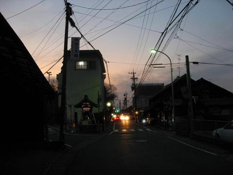旧中山道・領下の地蔵堂付近