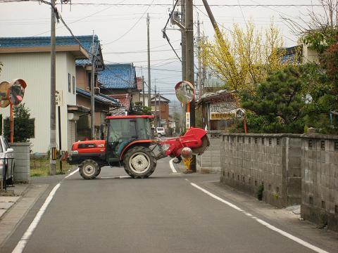 旧中山道・三津屋町付近