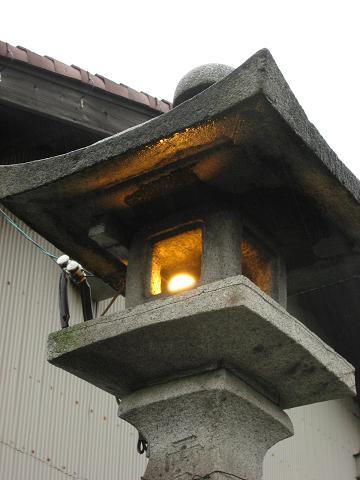 西町の常夜灯