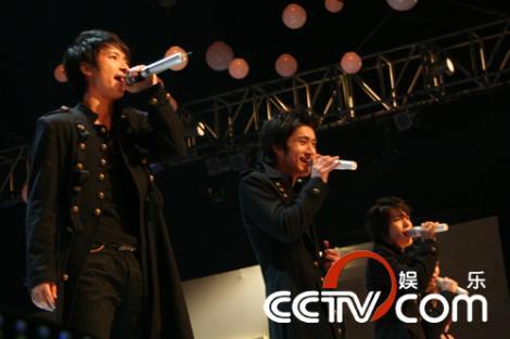 中国 SJ
