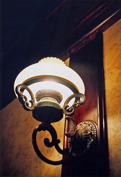 喫茶店の照明