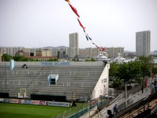 ツーロンスタジアムと海PICT0006