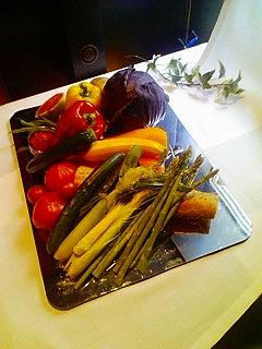 ブライダルビデオの株式会社クリスマスツリーのイメージ写真(きれいな野菜たち)