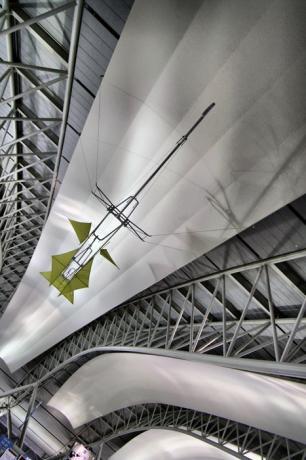 関空の天井